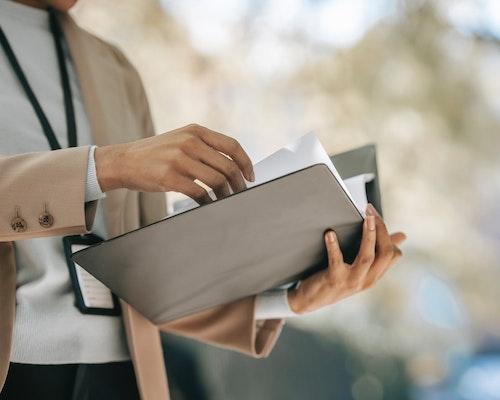 Common Pitfalls of Extra-Contractual Risk Exposure