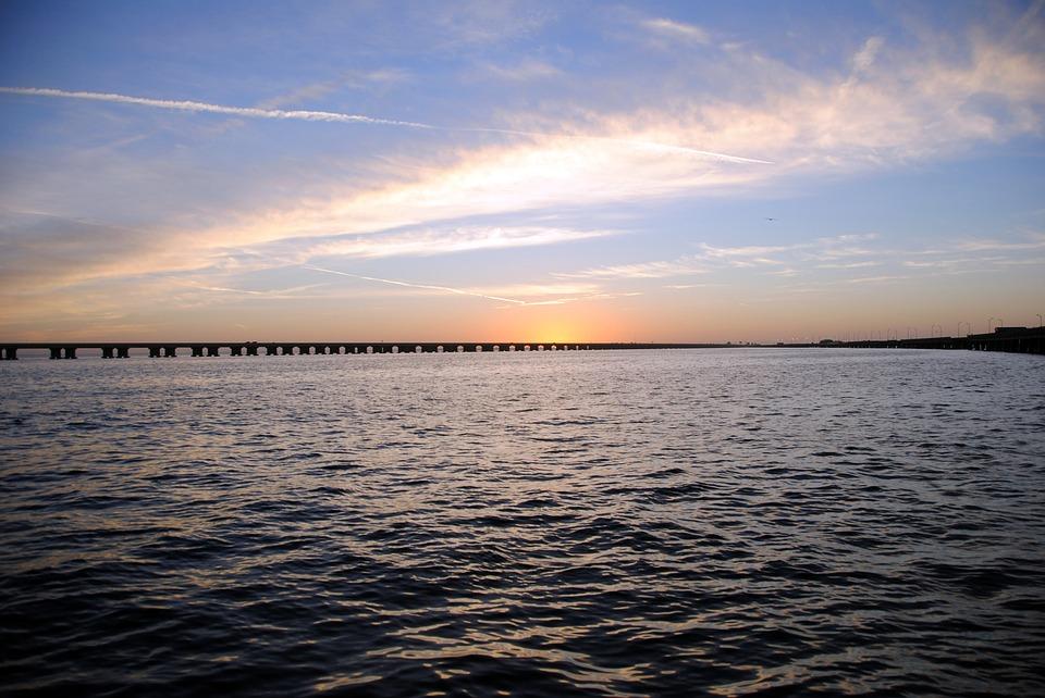 Florida Wastewater Reservoir Breach Presents Flood Threat